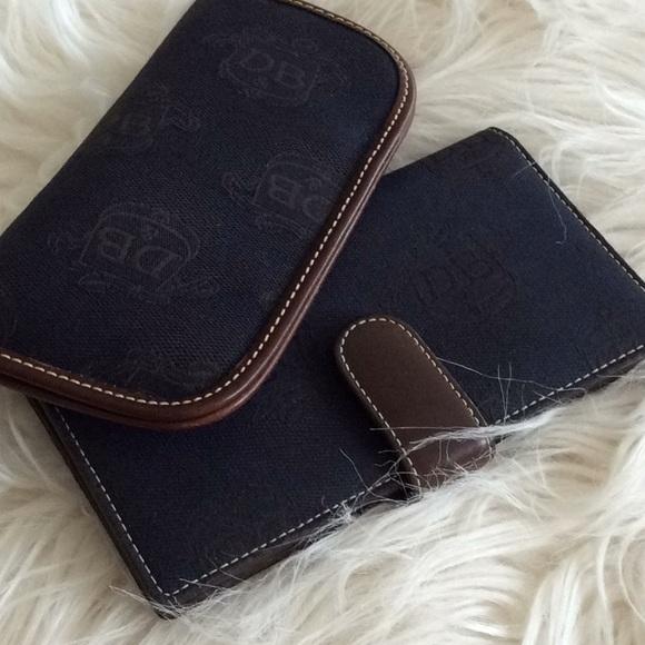 Dooney & Bourke Handbags - Vintage 💞DOONEY & BURKE💞bundle of two